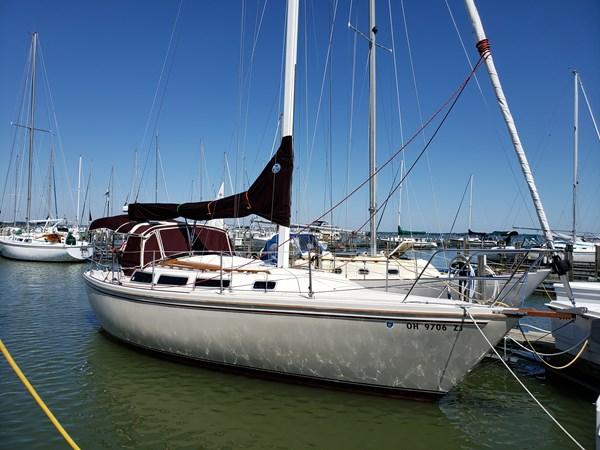 1983 CATALINA 30 Tall Rig Cruising/Racing Sailboat 2757240