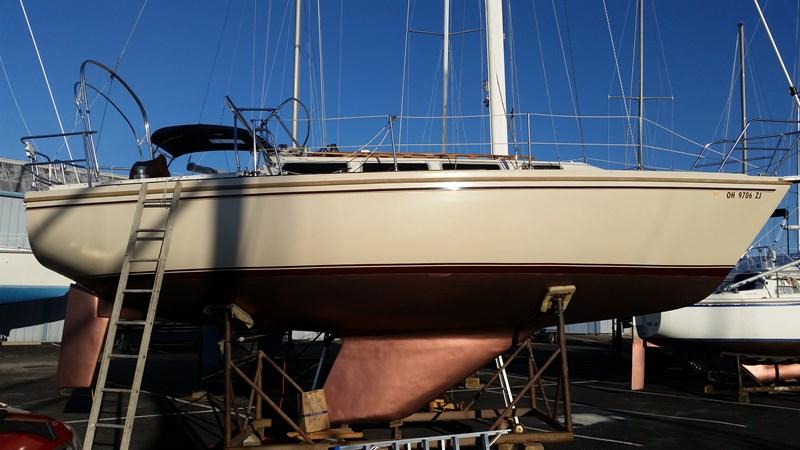 1983 CATALINA 30 Tall Rig Cruising/Racing Sailboat 2757242