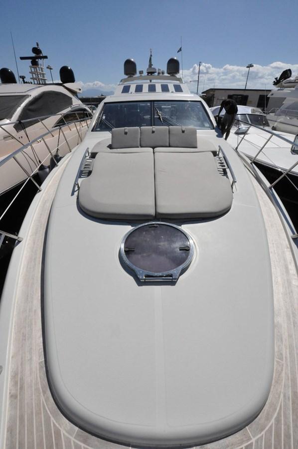 DSC_0071 (FILEminimizer) 2006 AZIMUT 68 S Motor Yacht 2758764