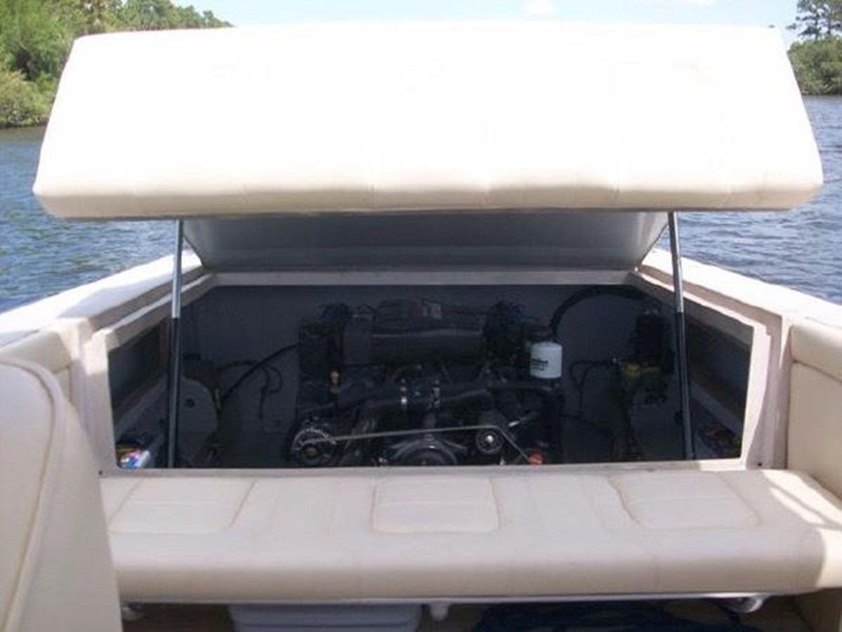 36 1968 PROWLER 23 Runabout 2758340