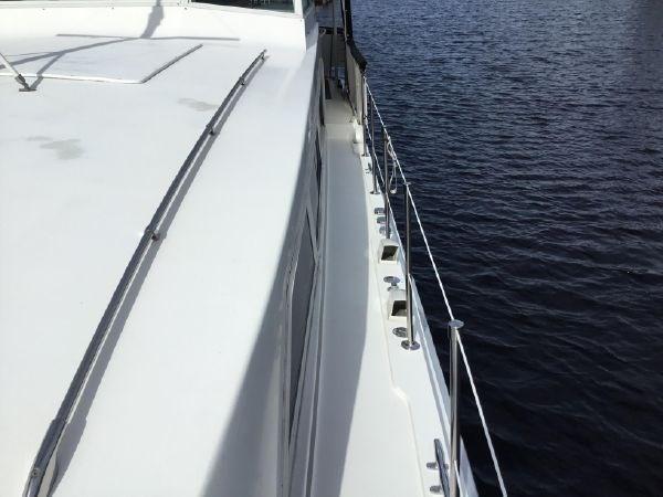 14 1976 BERTRAM Flybridge Motor Yacht Motor Yacht 2759063