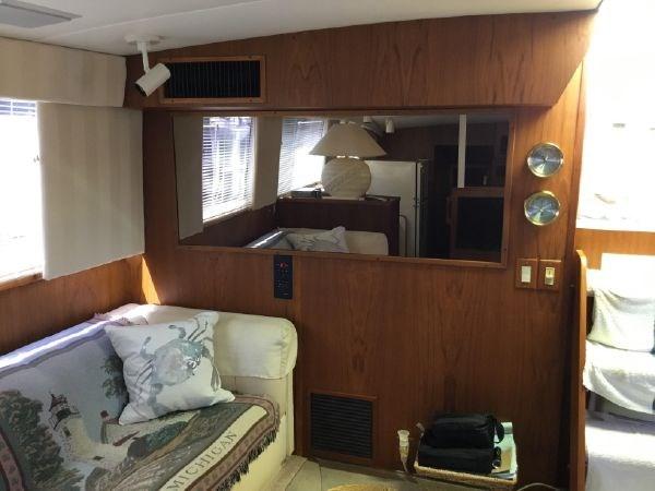 44 1976 BERTRAM Flybridge Motor Yacht Motor Yacht 2759097