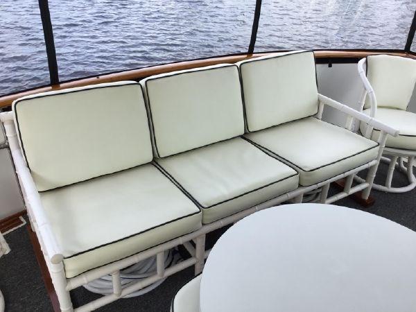 38 1976 BERTRAM Flybridge Motor Yacht Motor Yacht 2759107