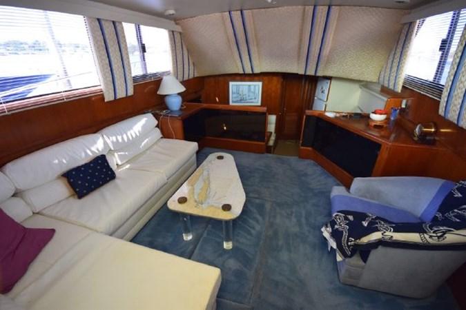 2 1989 VIKING  Motor Yacht 2759549