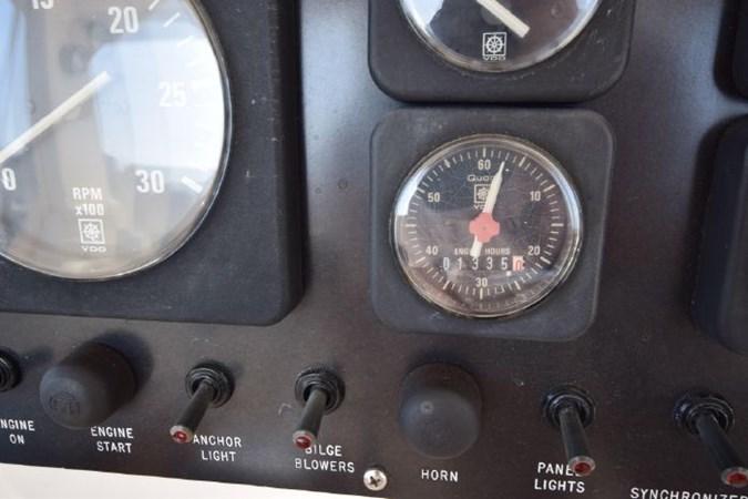 7203165_20190903092827124_1_XLARGE 1989 VIKING  Motor Yacht 2759553