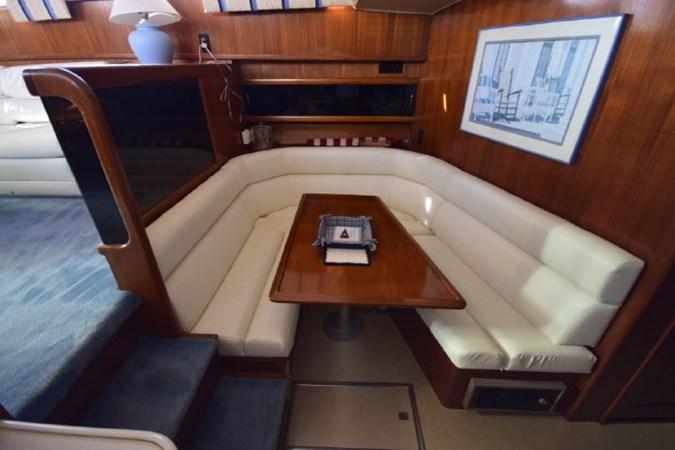 7203165_20190903092843451_1_XLARGE 1989 VIKING  Motor Yacht 2759554