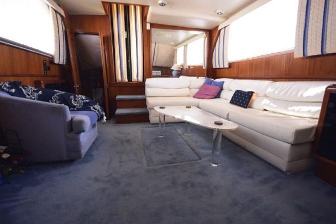 7203165_20190903092847456_1_XLARGE 1989 VIKING  Motor Yacht 2759555