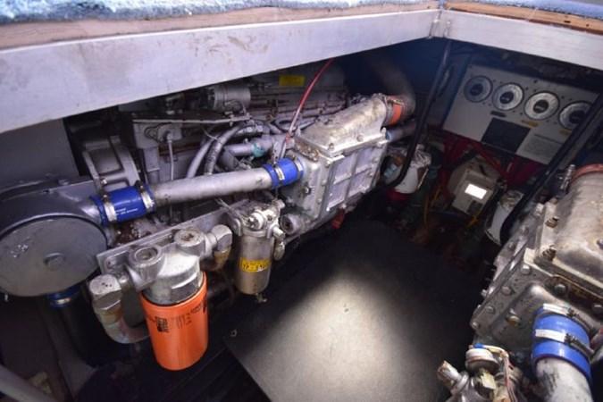7203165_20190903092949086_1_XLARGE 1989 VIKING  Motor Yacht 2759566