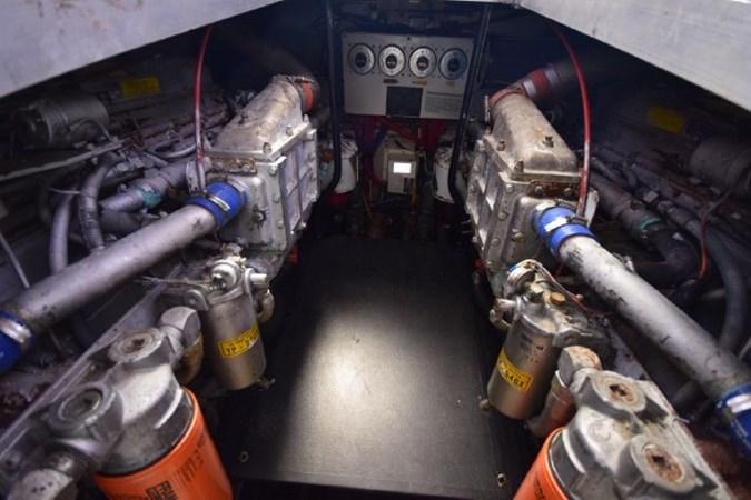 7203165_20190903092952848_1_XLARGE 1989 VIKING  Motor Yacht 2759581