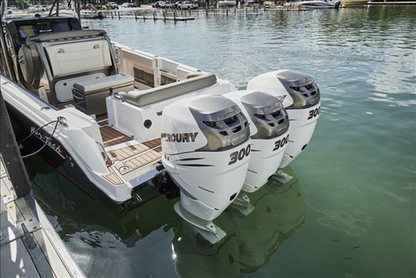 39-2015-Nor-Tech-Center-Console-14 2015 NOR-TECH Center Console Motor Yacht 2761402