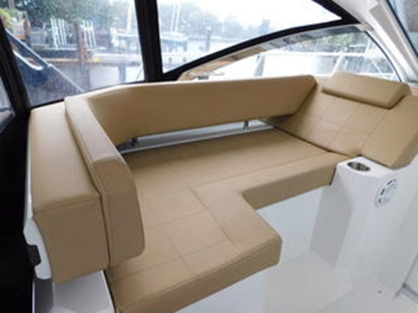 39-2015-Cruisers-Yachts-Express-Coupe-07 2015 CRUISERS Yachts Express Coupe Center Console 2761685