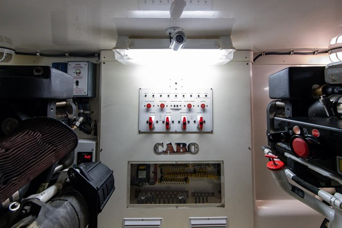 44 Cabo 2014 CABO 44 Hardtop Express Sport Fisherman 2762969