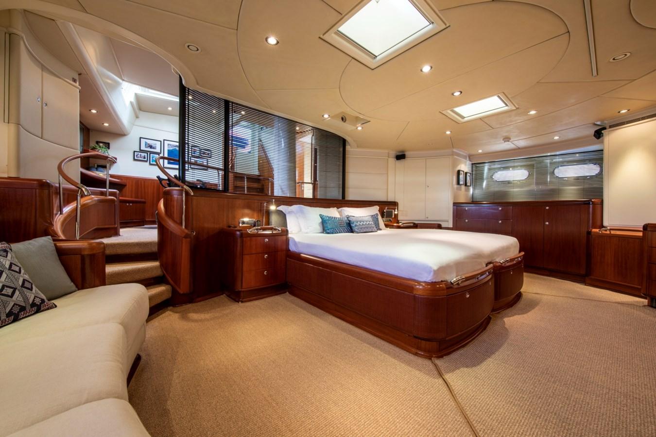Sumara © YachtShot S019 1997 ROYAL HUISMAN  Cruising Ketch 2804989