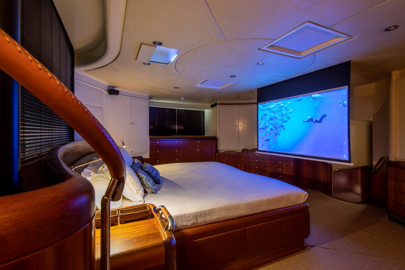 Sumara © YachtShot S024 1997 ROYAL HUISMAN  Cruising Ketch 2804994