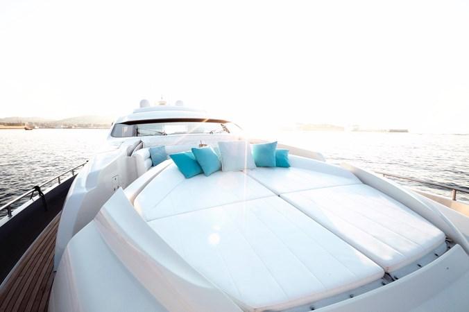 PHOTO-2019-11-15-11-17-46 2007 PERSHING 90 Motor Yacht 2767161