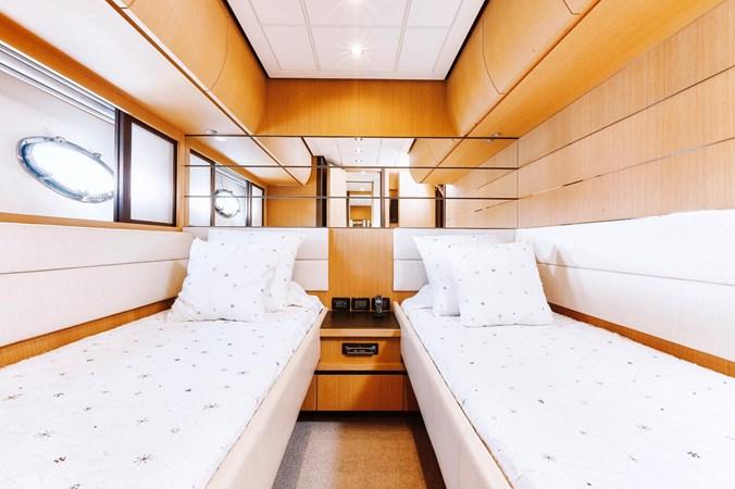 PHOTO-2019-11-15-11-17-56 2007 PERSHING 90 Motor Yacht 2767164