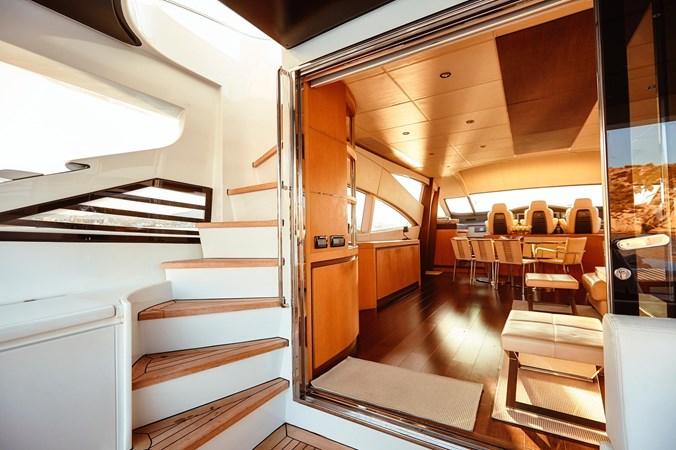 PHOTO-2019-11-15-11-17-48 2 2007 PERSHING 90 Motor Yacht 2767174