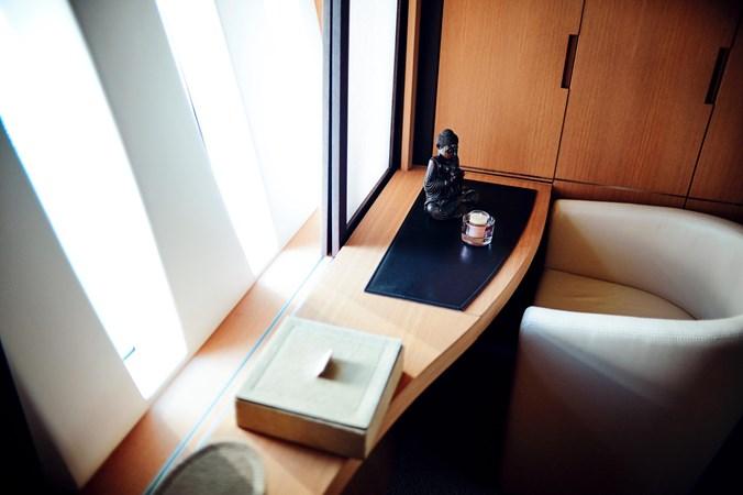 PHOTO-2019-11-15-11-17-50 2 2007 PERSHING 90 Motor Yacht 2767179