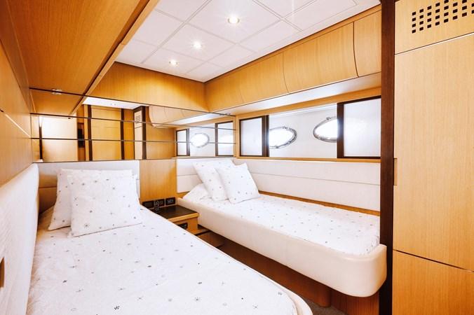 PHOTO-2019-11-15-11-17-54 2 2007 PERSHING 90 Motor Yacht 2767183