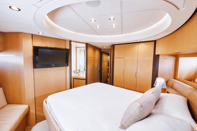 PHOTO-2019-11-15-11-17-57 2007 PERSHING 90 Motor Yacht 2767185