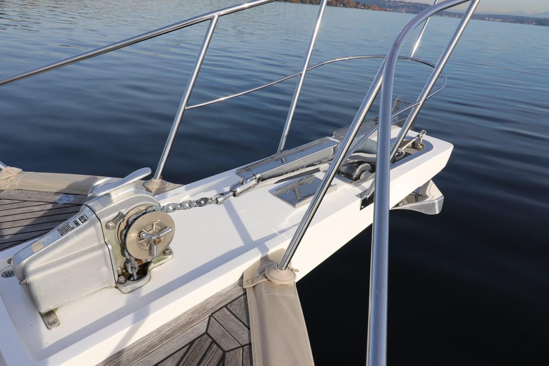Anchor and Windlass 2008 GRAND BANKS Europa Trawler 2768834