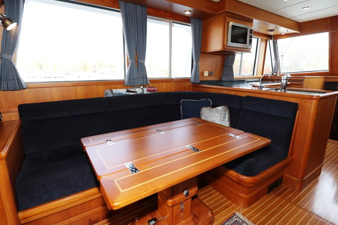 Folding Dining Table 2008 GRAND BANKS Europa Trawler 2768898