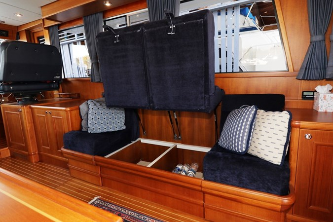Starboard Settee Conversion 2008 GRAND BANKS Europa Trawler 2768907