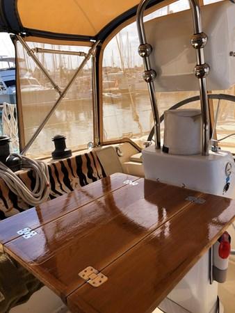 2019-11-18 11.08.11 2006 CUSTOM  Center Cockpit 2767903