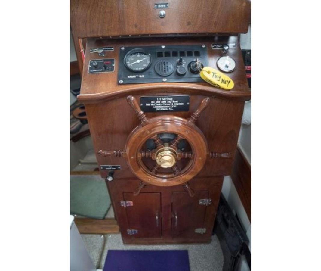 18 2012 CUSTOM Tug Trawler 2768551