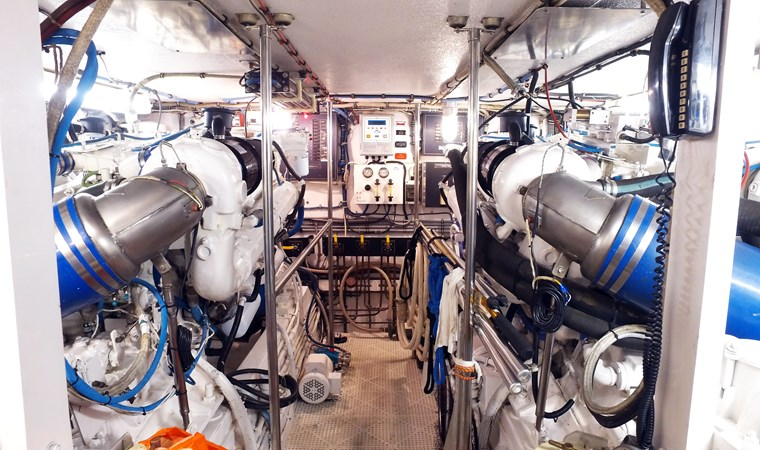 Engine 1989 HATTERAS Convertible Sport Fisherman 2768765