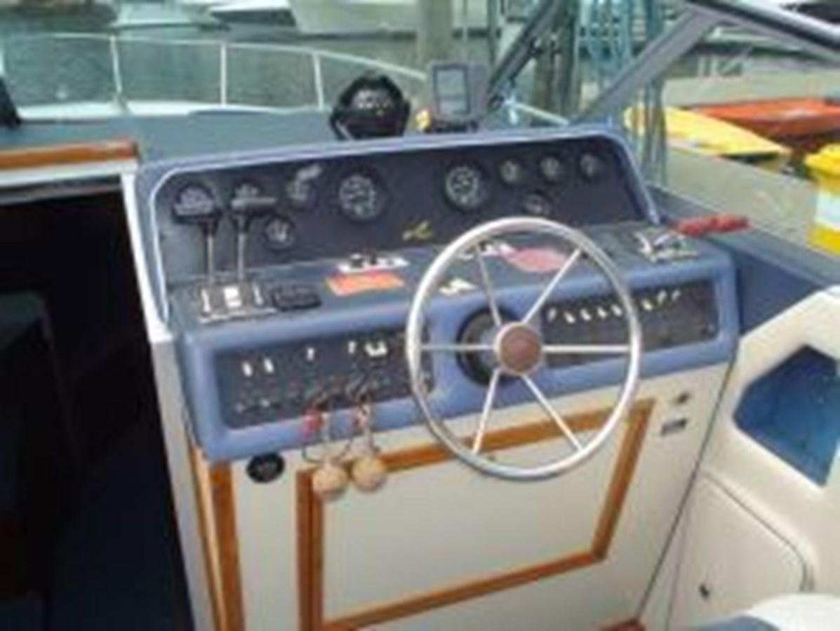 3 1987 SEA RAY Low Hour Weekender Cruiser 2769492