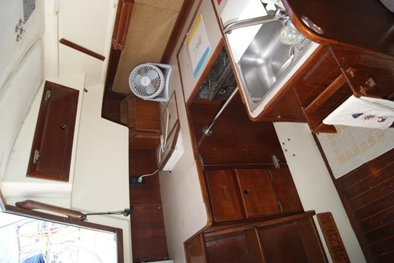 210 Galley 1982 SAN JUAN 34 Sloop 2770473