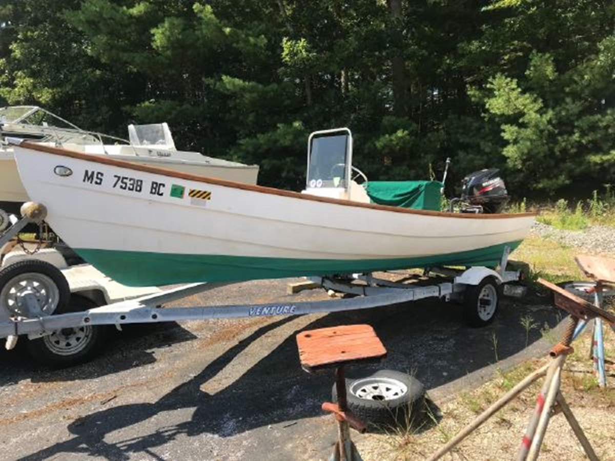 8 1991 YANKEE Dory Runabout 2771438
