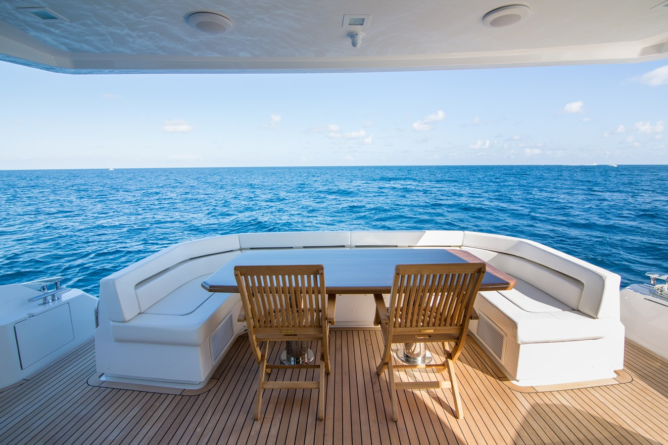 2020 VIKING Motor Yacht Motor Yacht 2772151