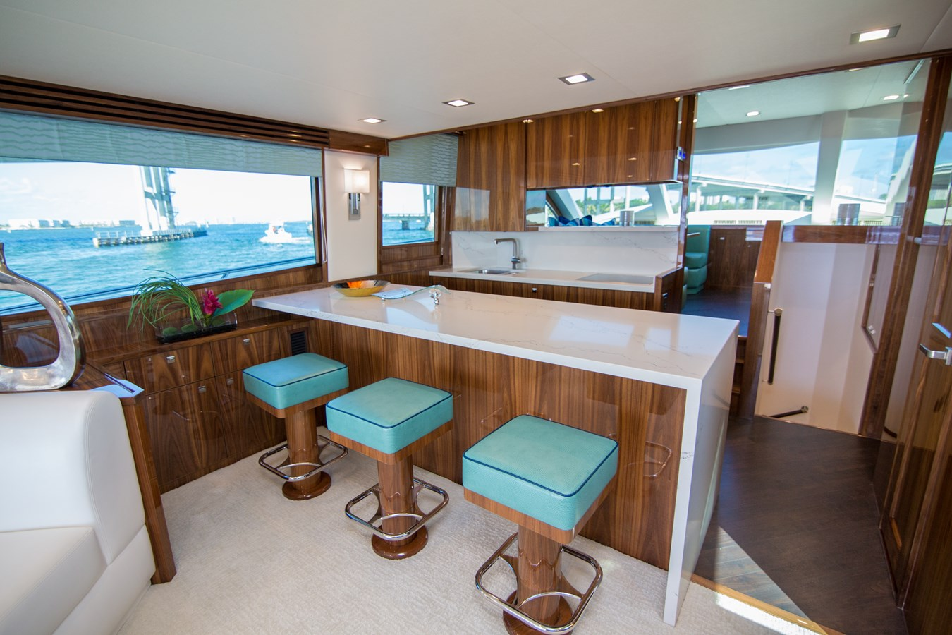 2020 VIKING Motor Yacht Motor Yacht 2772154