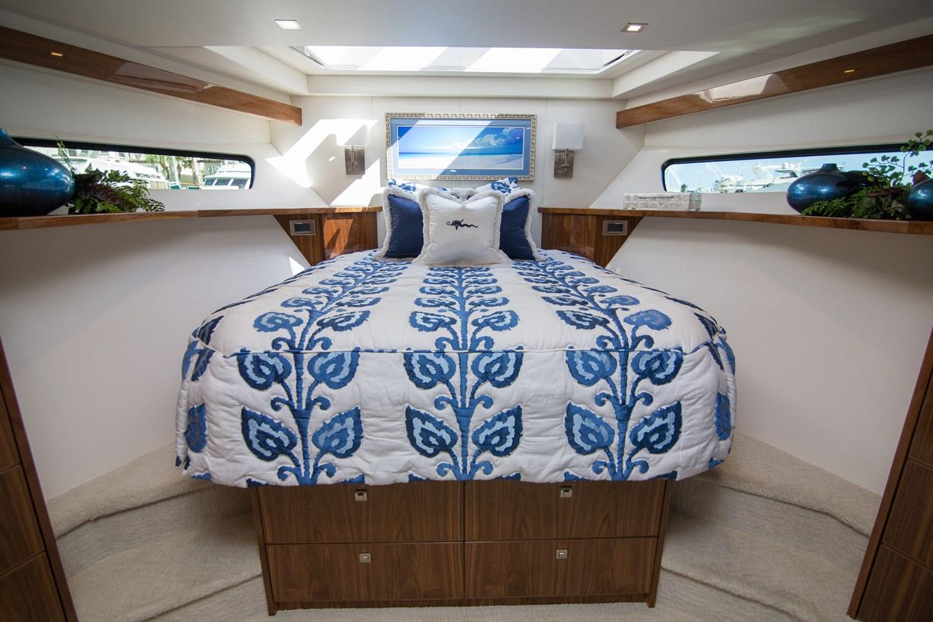2020 VIKING Motor Yacht Motor Yacht 2772158