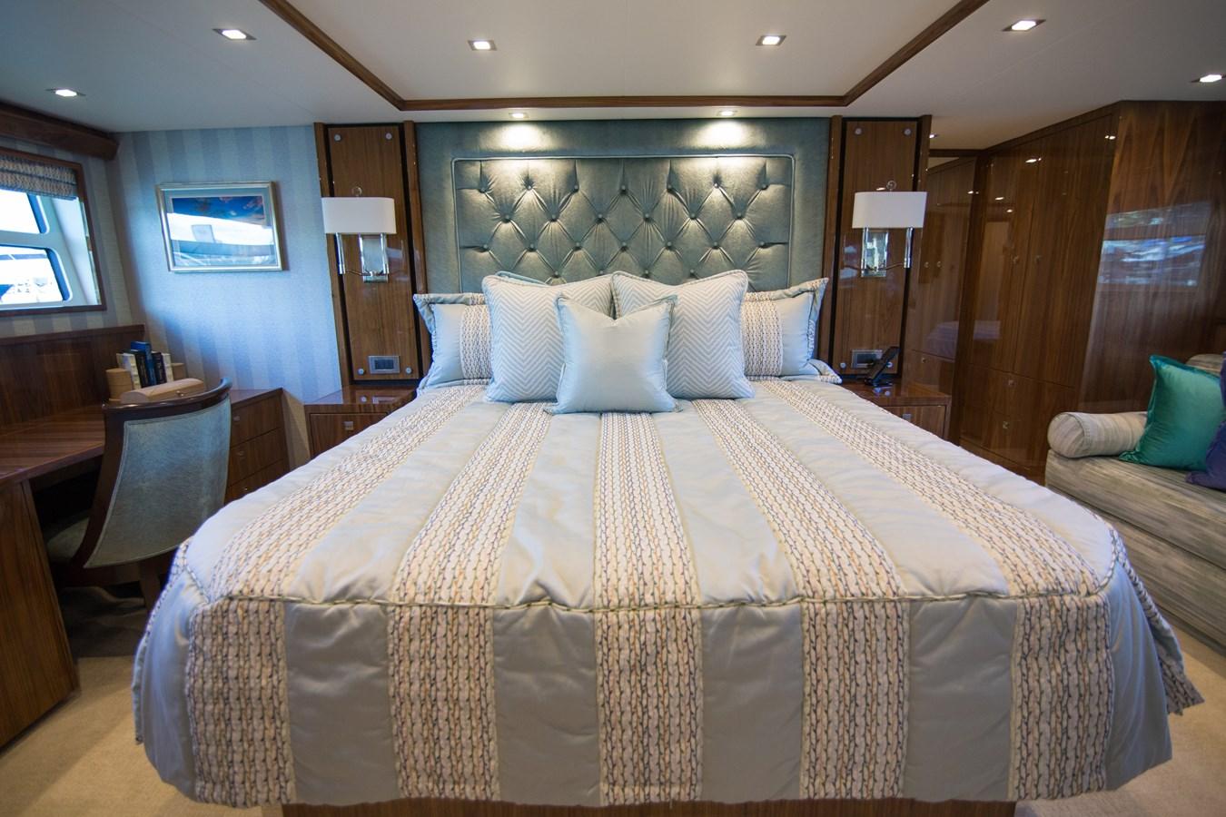 2020 VIKING Motor Yacht Motor Yacht 2772161