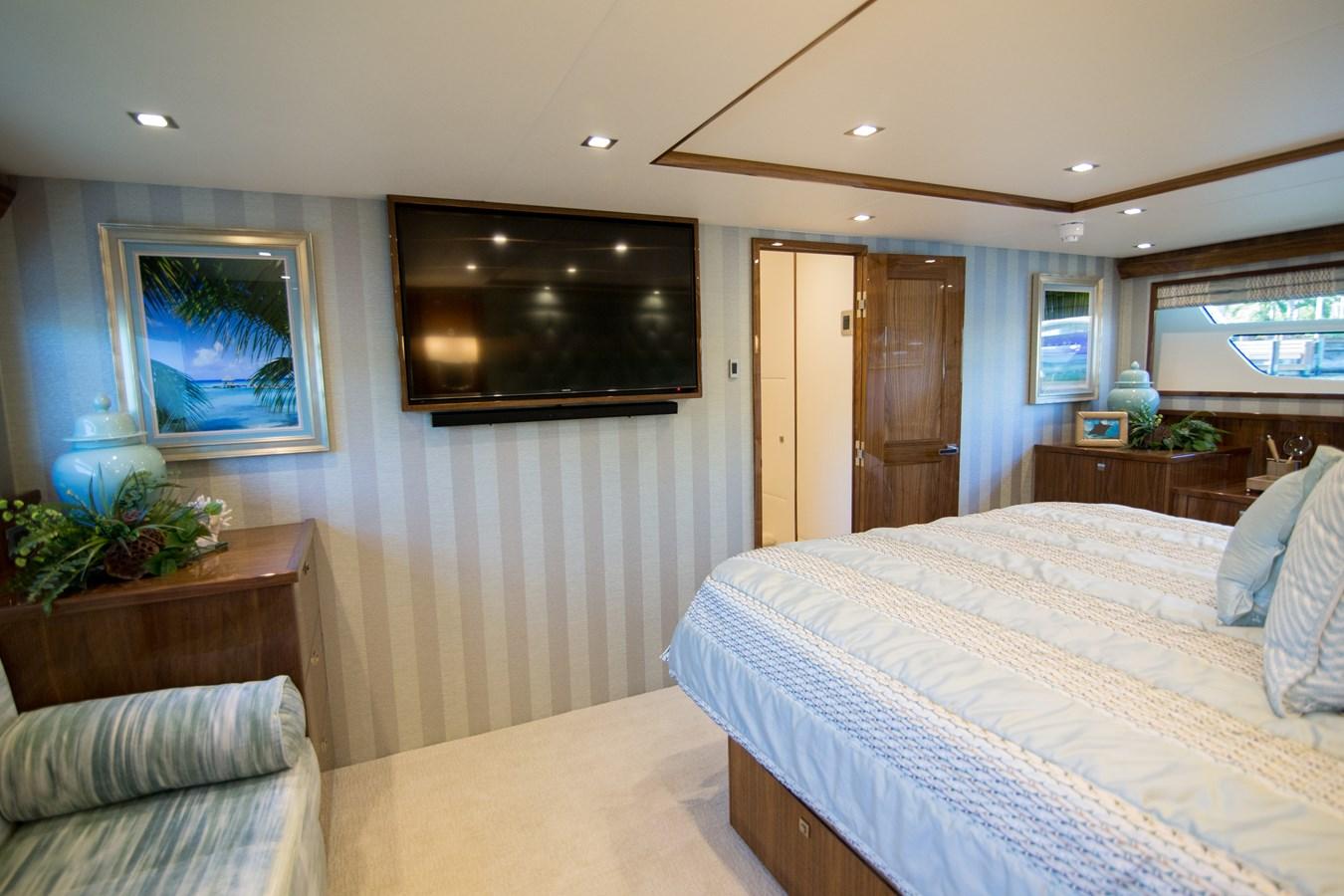 2020 VIKING Motor Yacht Motor Yacht 2772162