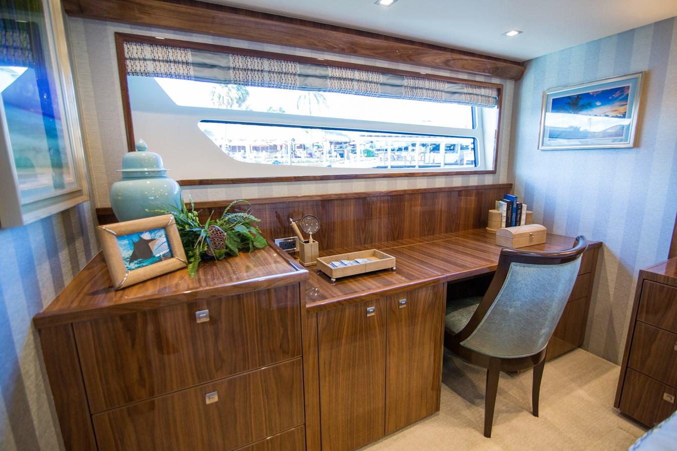 2020 VIKING Motor Yacht Motor Yacht 2772164