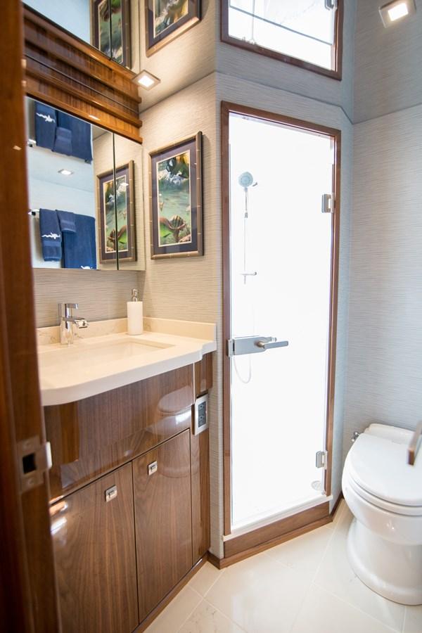 2020 VIKING Motor Yacht Motor Yacht 2772171