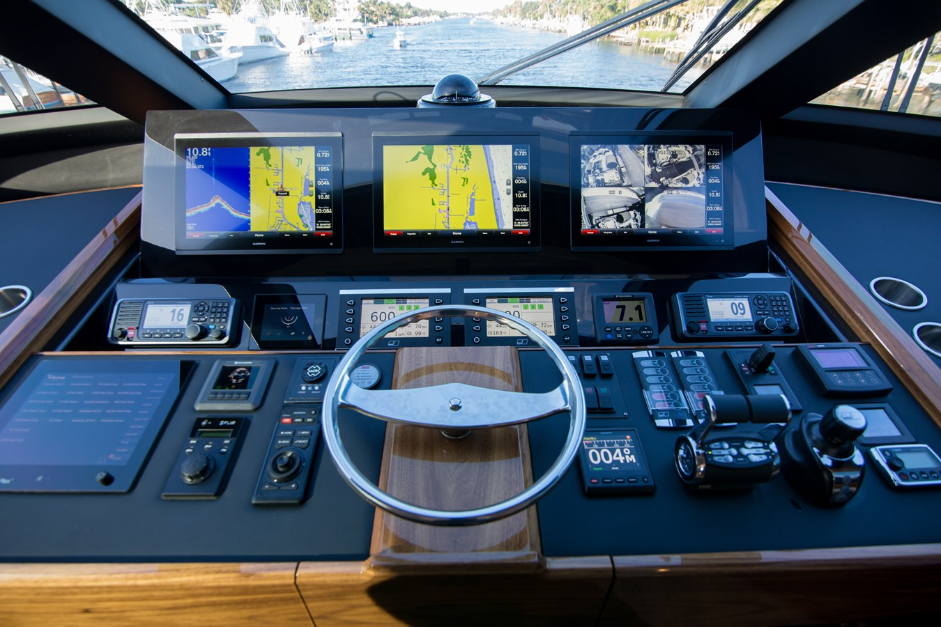 2020 VIKING Motor Yacht Motor Yacht 2772174