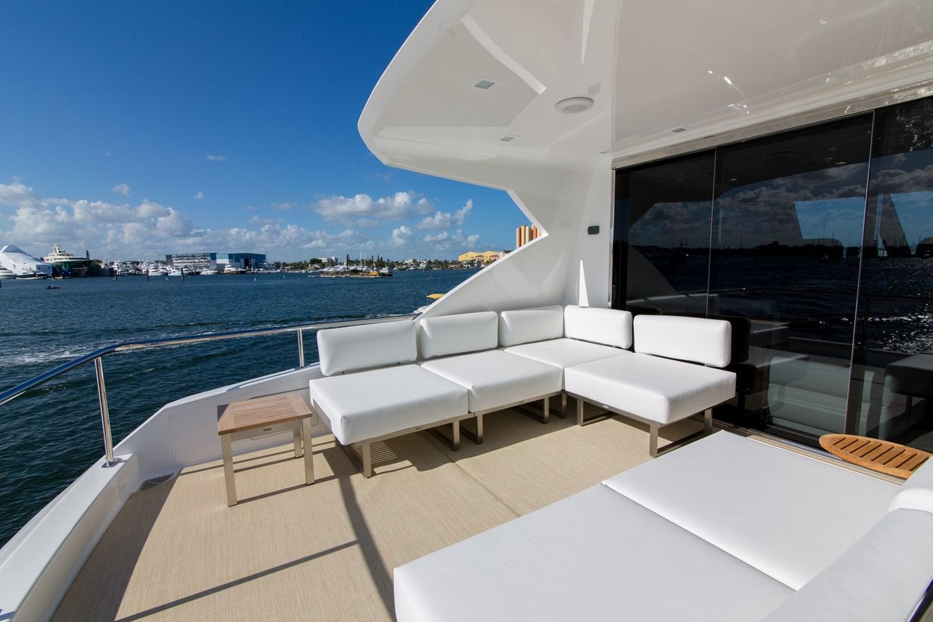 2020 VIKING Motor Yacht Motor Yacht 2772175