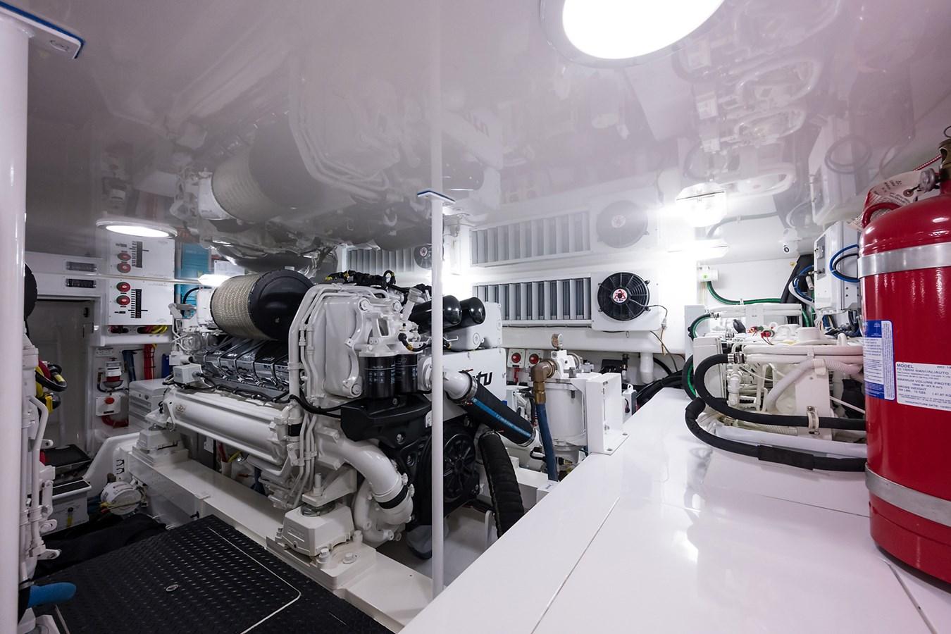 Engine Room 2017 VIKING  Sport Fisherman 2772663