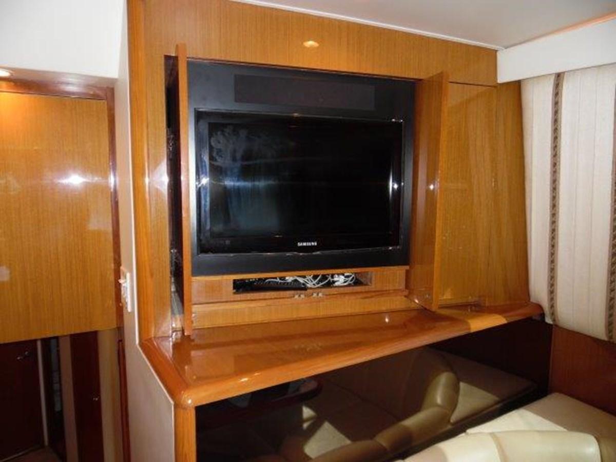 Salon TV 1999 VIKING Convertible Sport Fisherman 2782276
