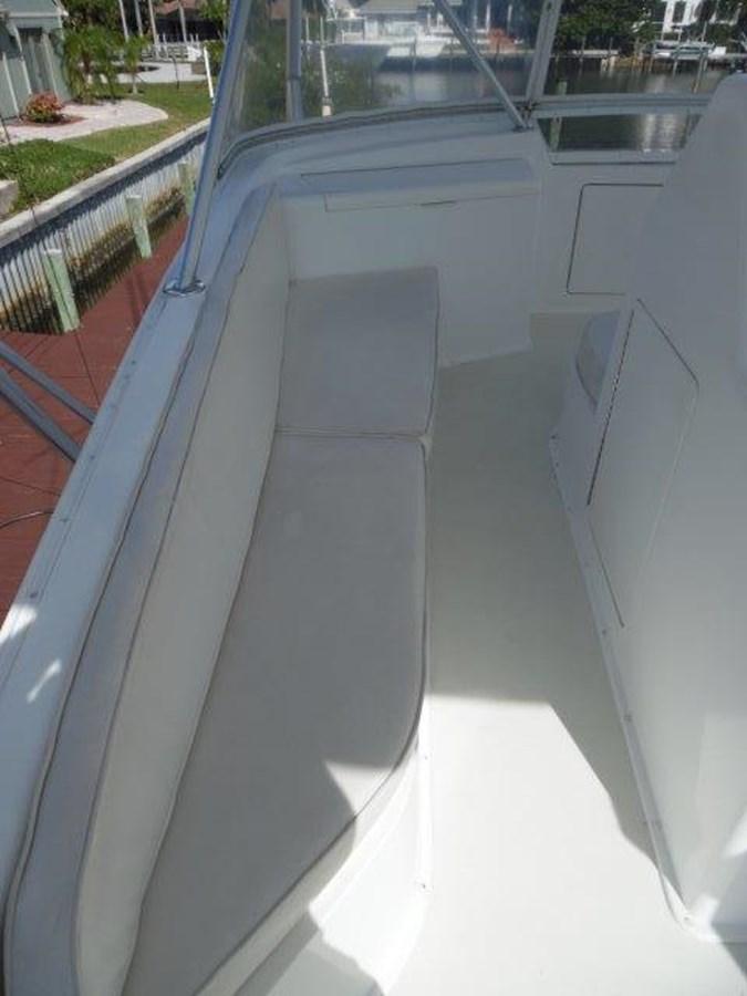 Flybridge Seating 1999 VIKING Convertible Sport Fisherman 2782281