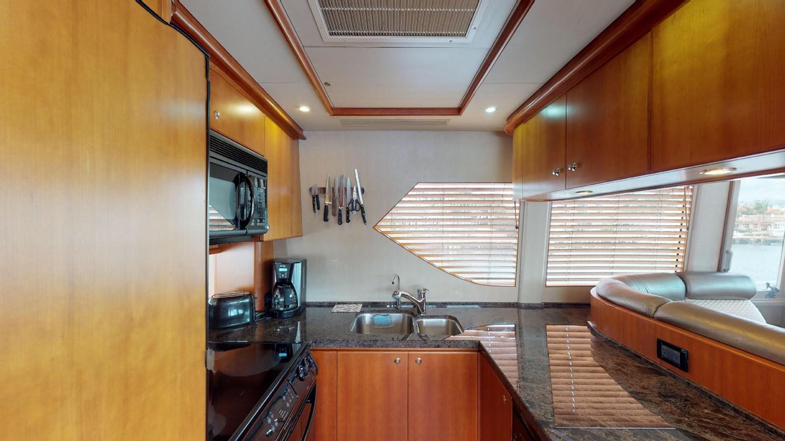 2004 WEST BAY  Motor Yacht 2776845
