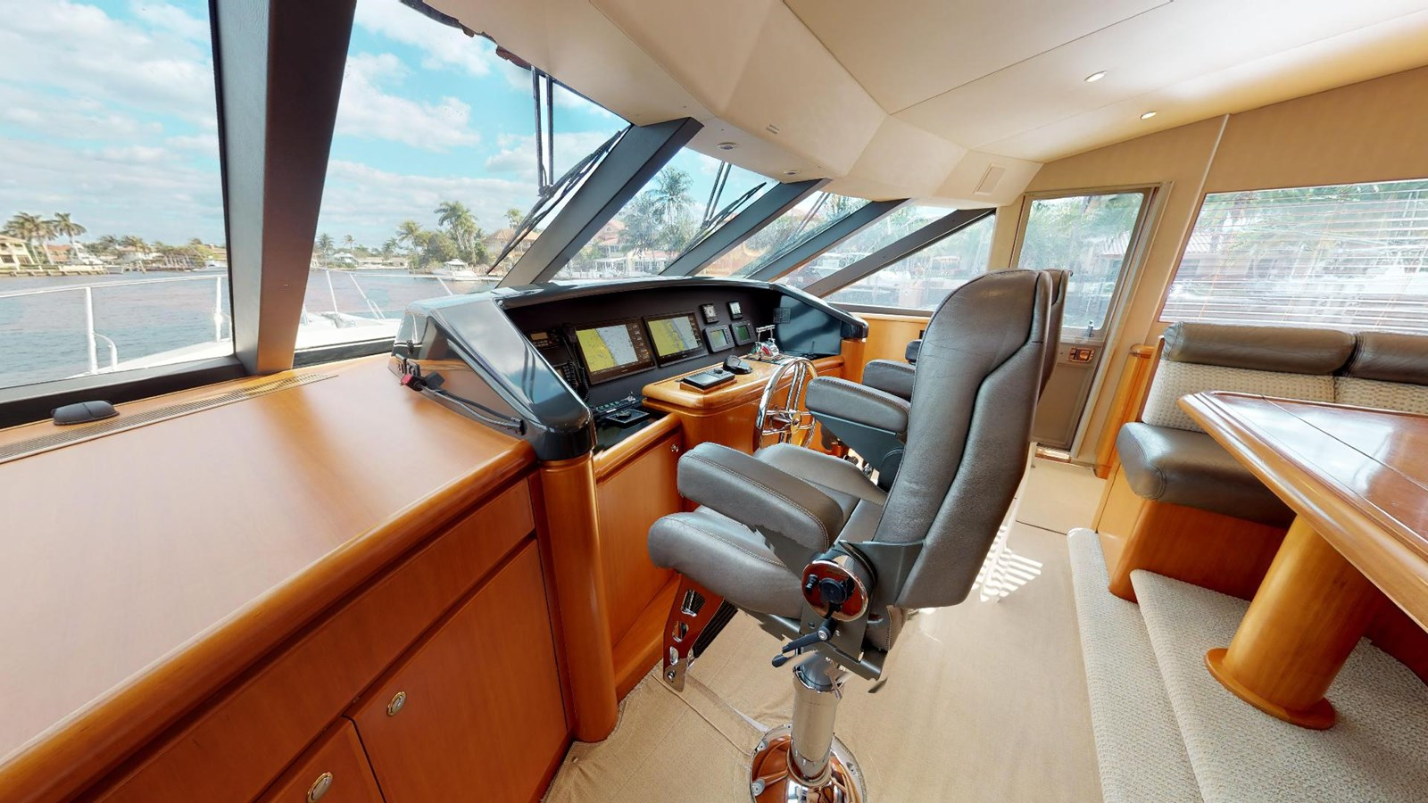 2004 WEST BAY  Motor Yacht 2776859