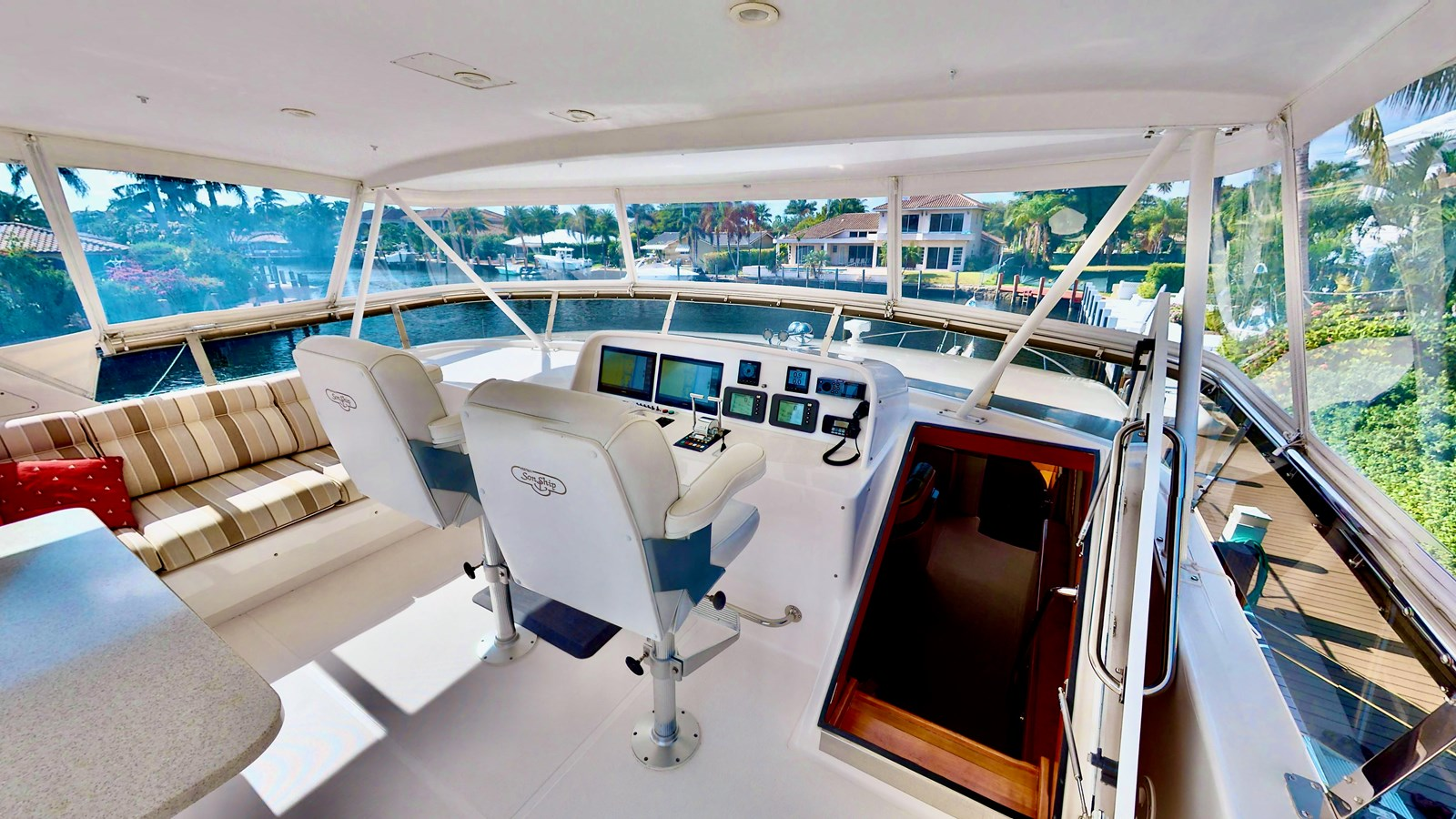 2004 WEST BAY  Motor Yacht 2785707