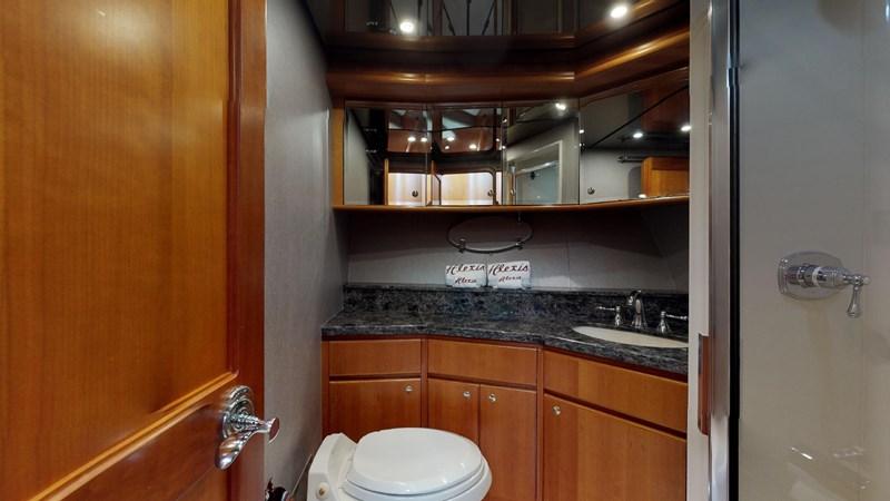 2004 WEST BAY  Motor Yacht 2776846