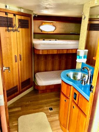 2004 WEST BAY  Motor Yacht 2786799